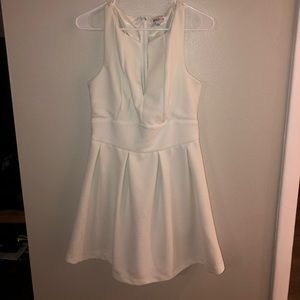 White v neck dress